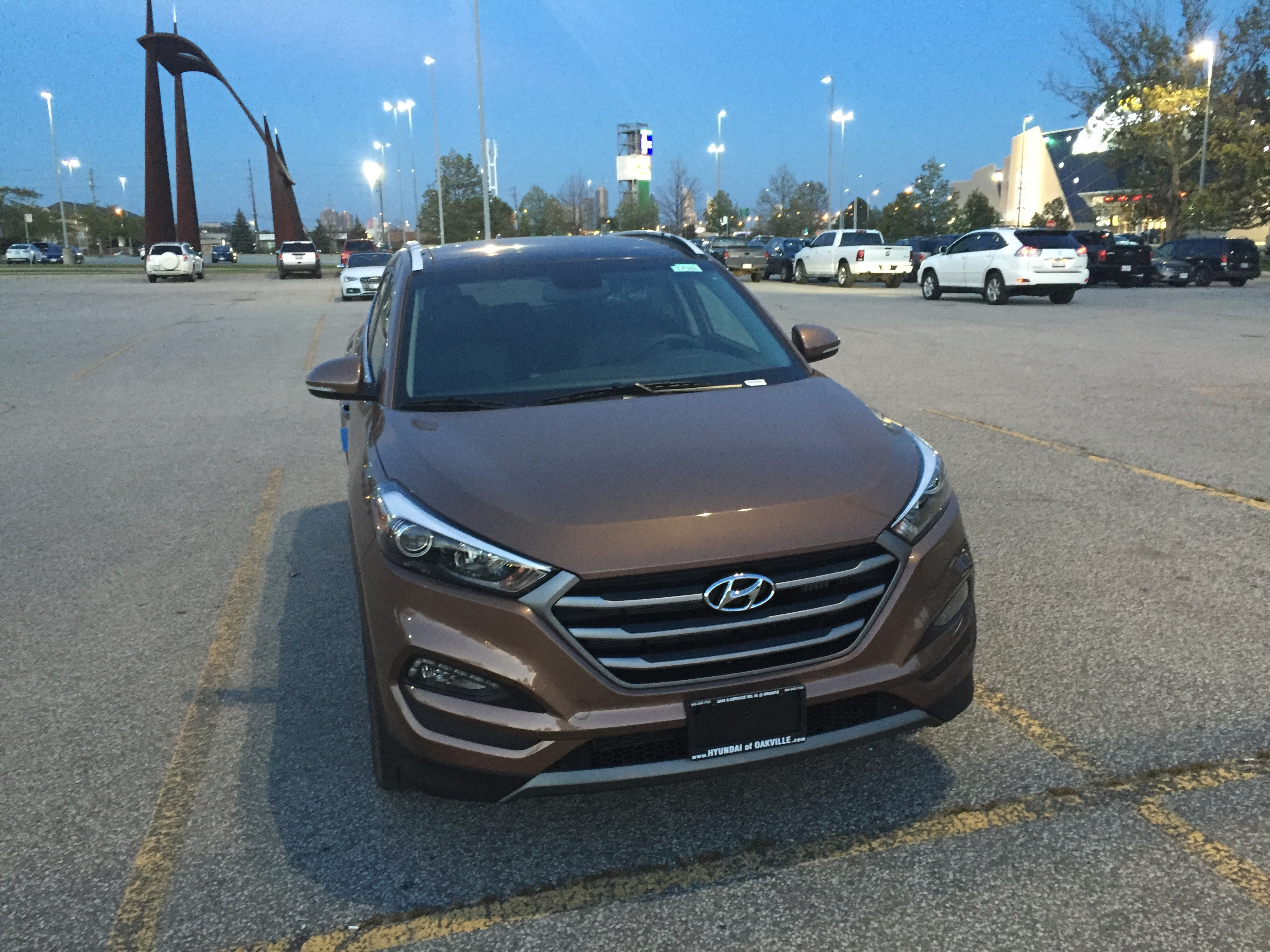 admit for tucson i and awd looks nerd to review front modern from that this updated of works have limited the a it calls look sharp img hyundai consider what fan really me vehicle