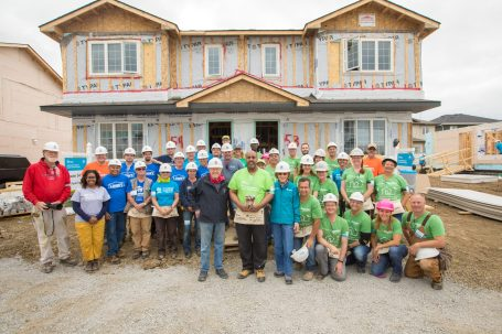 Schneider Electric_Habitat for Humanity Canada 150 Build.jpg
